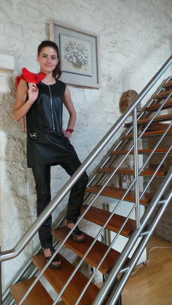 tunique-pantalon-cuir-noir