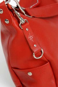 Sac cuir rouge - CANYON - Cuir et Création - Zoom