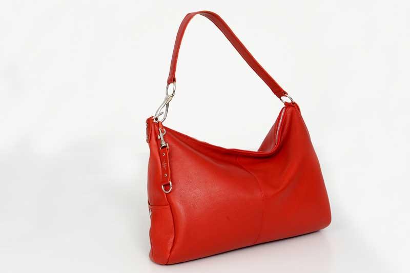sac en cuir rouge - CANYON créé et fabriqué par Cuir et Création en Vendée