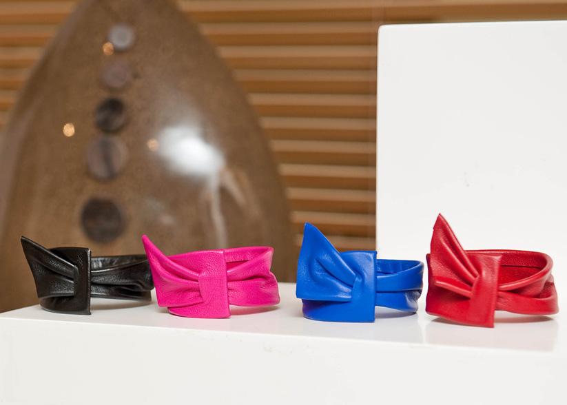 Bracelet drape bleu rose rouge noir - Cuir et Création
